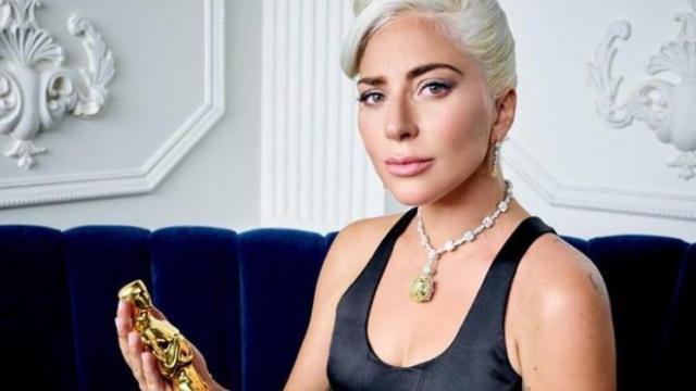Lady Gaga《Shallow》被控抄襲並索賠百萬美金,兩首歌比一比便知誰有理!