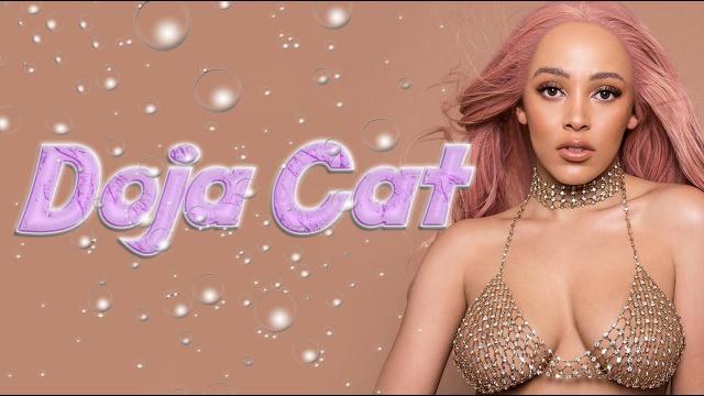 靠乳牛迷因爆紅,直率傻大姐的個性也藏不住她點滿的音樂天賦|Doja Cat
